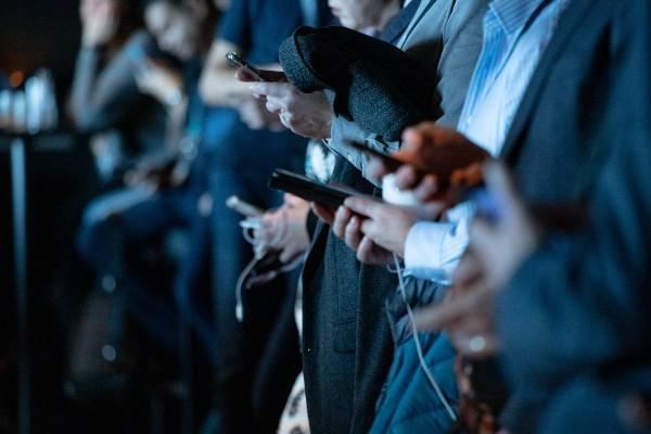 Social Media abhängig 3
